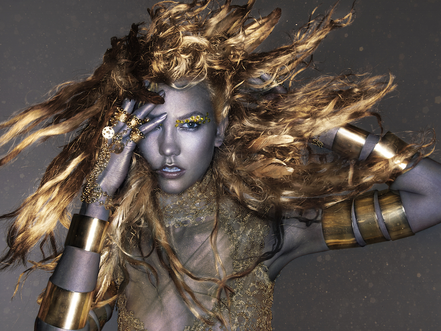 Karlie+Kloss,+Greed,+Gold+-+Beats+Presents+The+Seven+Deadly+Sins+of+Edward+Enninful++A+SHOWstudio+film,+directed+by+Nick+Knight.jpg