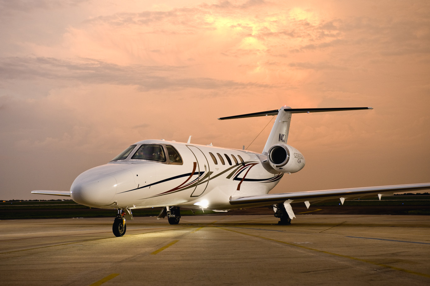 Citation_CJ4_Exterior_2_Light-Jet_Legacy_Aviation_Private_Jet_NetJets_Jet_Charter_TEB_VNY_MIA_PBI_FRG_SFO_FLL_FXE_BED.jpg