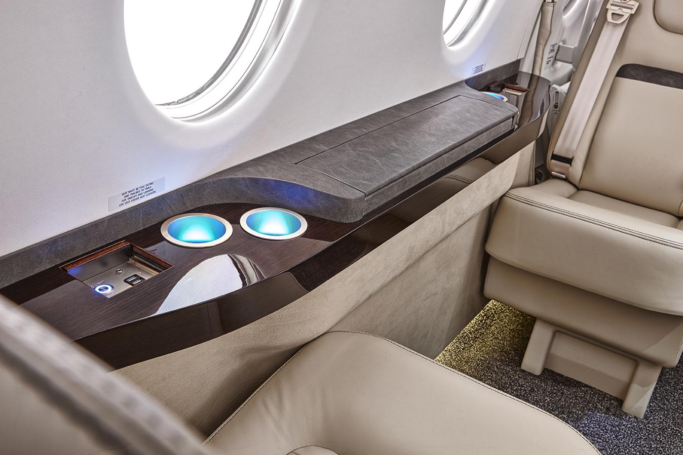 Hawker_400XP_Light-Jet_Legacy_Aviation_Private_Jet_NetJets_Jet_Charter_TEB_VNY_MIA_PBI_FRG_SFO_FLL_FXE_BED.png