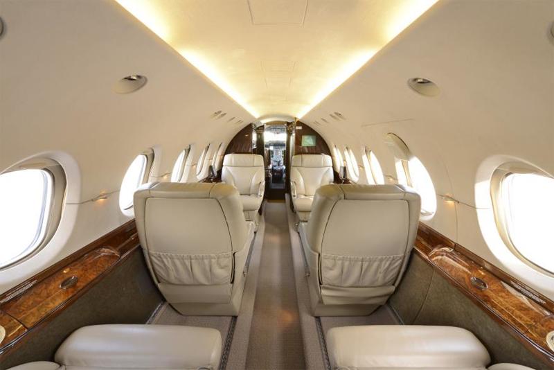 Hawker-800XP_Mid Jet_Int-3_Legacy_Aviation_Private_Jet_NetJets_Jet_Charter_TEB_VNY_MIA_PBI_FRG_SFO_FLL_FXE_BED.jpg