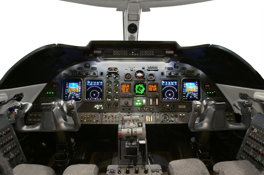 Lear-60XR_Mid Jet_Cockpit_Legacy_Aviation_Private_Jet_NetJets_Jet_Charter_TEB_VNY_MIA_PBI_FRG_SFO_FLL_FXE_BED.jpg