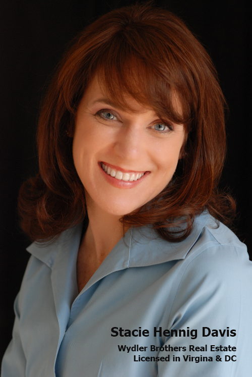 realtor-headshots-bonnie-johnson.jpg