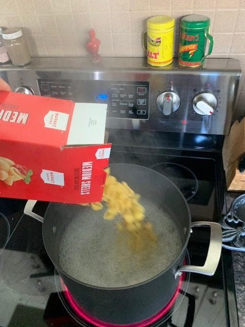 """Before you """"doctor up"""" your sauce, get some water boiling and then toss in your noodles of choice. (shells= mermaid food :) )"""