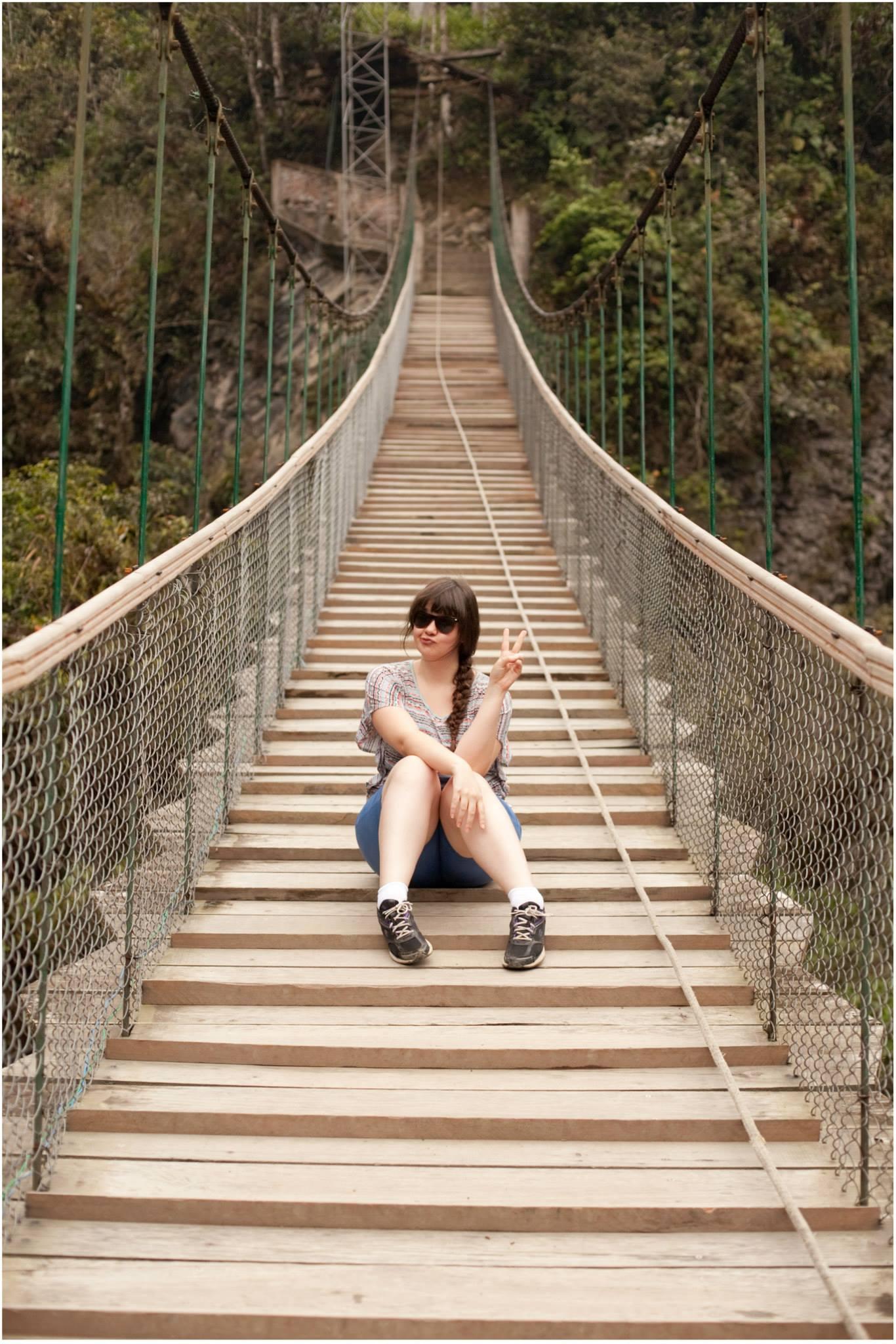 banos-ecuador-bridge-hiking-01.jpg