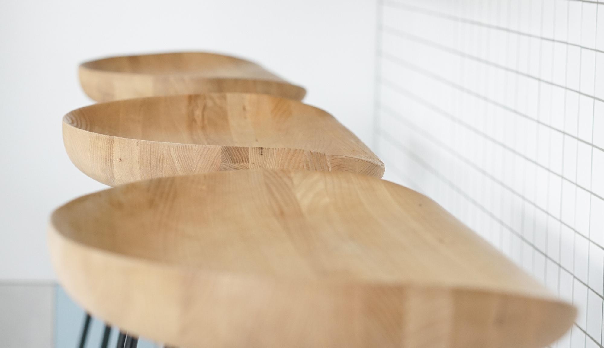 vorsen-furniture-741566-cropped.jpg