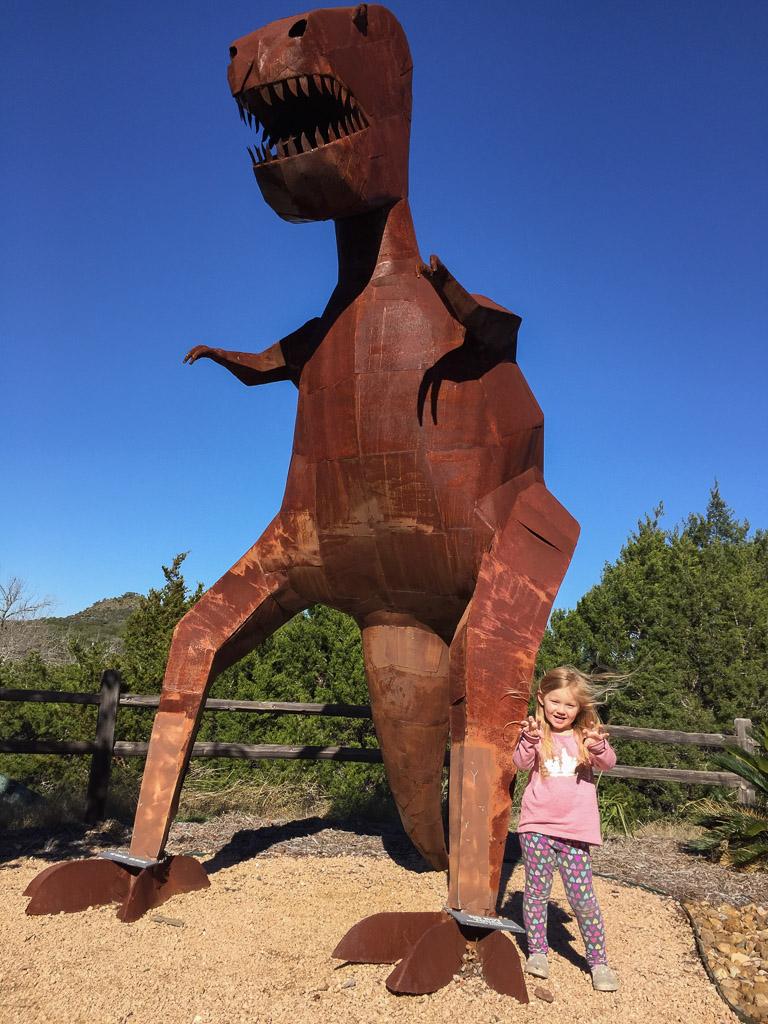 dinosaur_sculpture.jpg