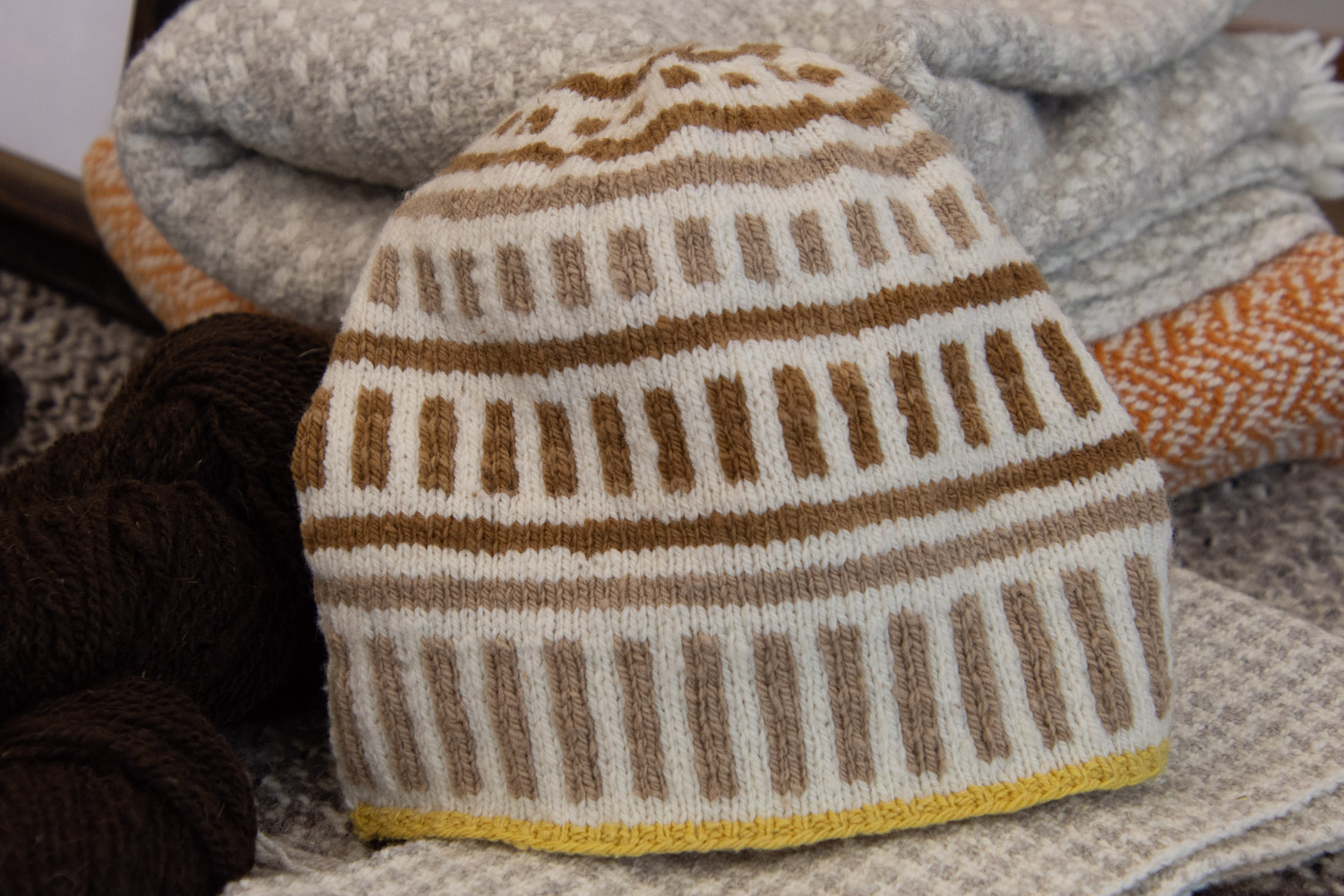 Lineate hat