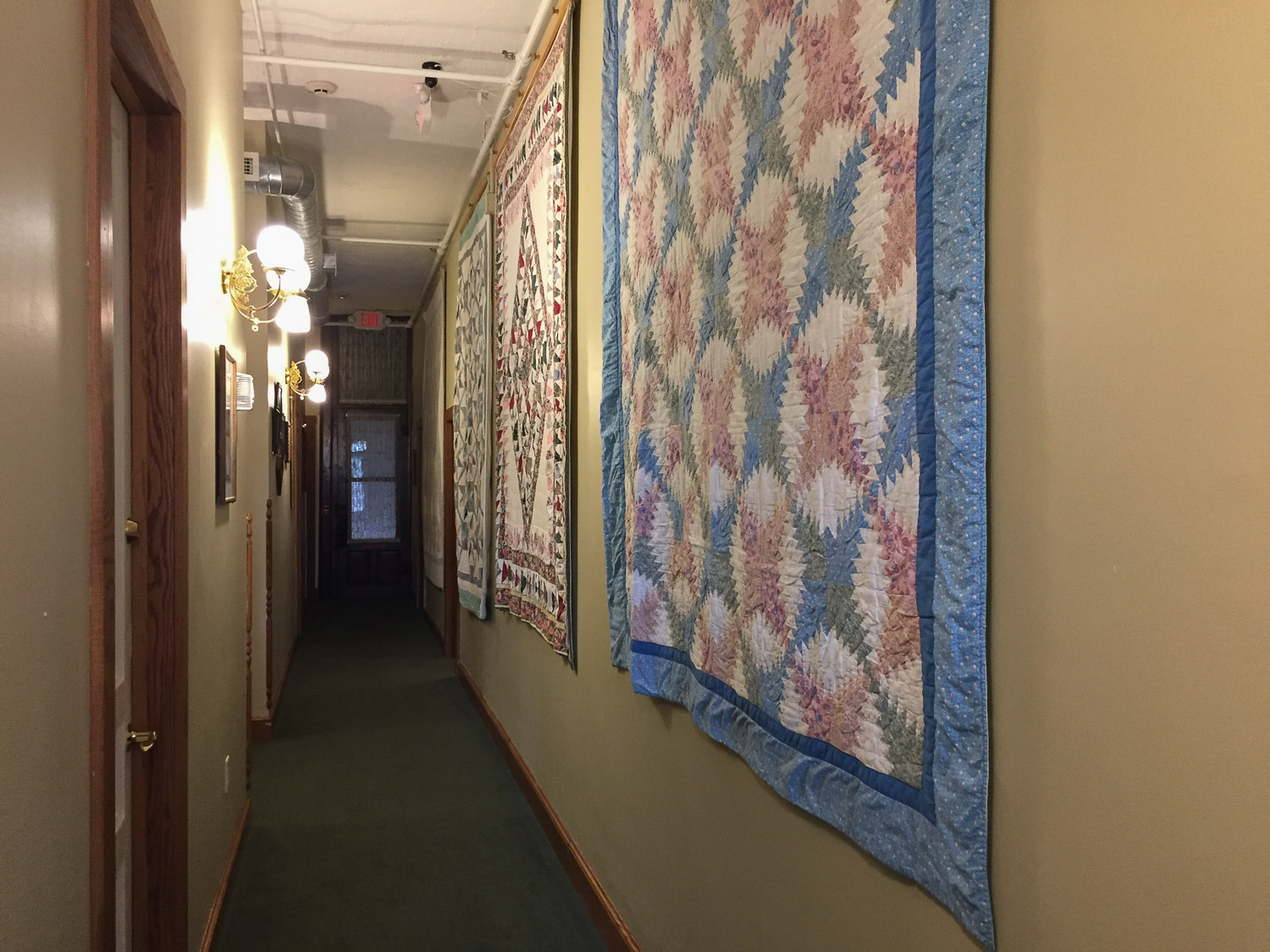 Quilts in the hotel in Millersburg Ohio.