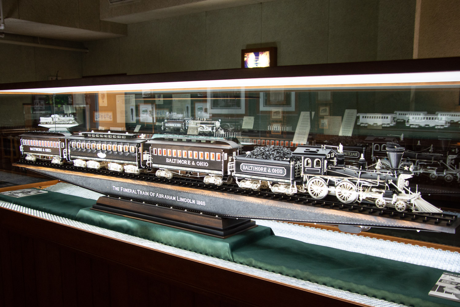 Carving of Lincoln funeral train