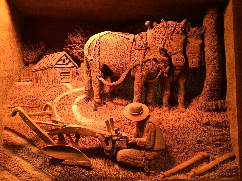 Paul Weaver's carving in Lehman's Ohio