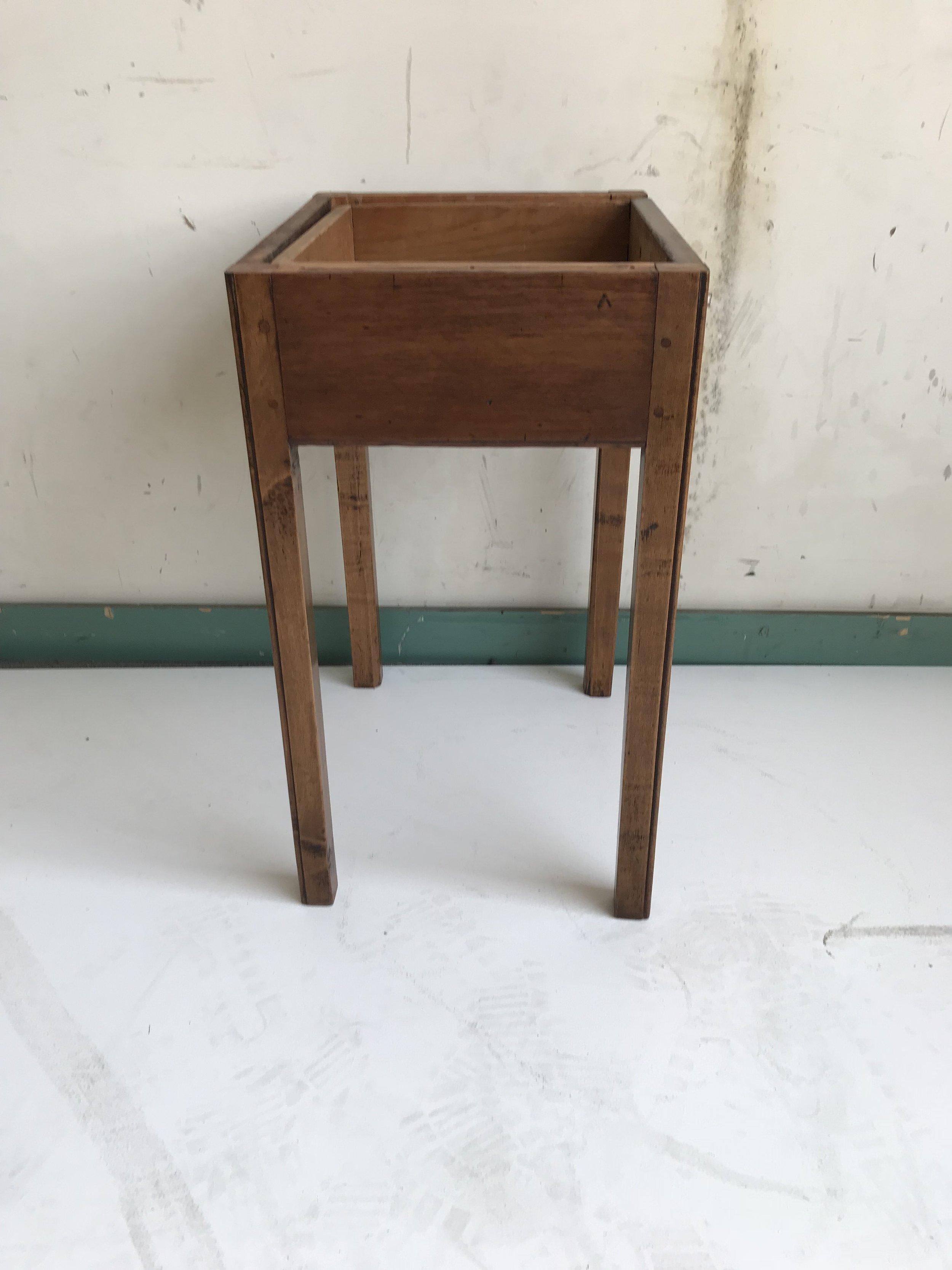 Side Table2.JPG