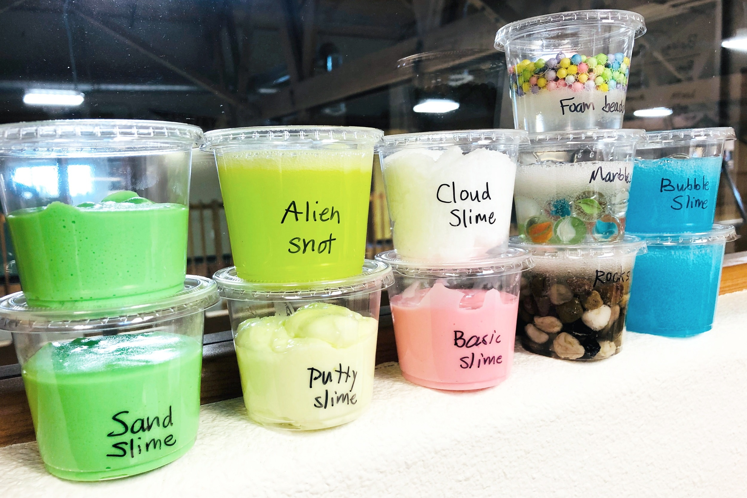 #brainfueltoys we tested lots of slime recipes!