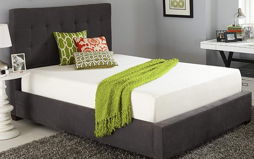 10-Inch Memory Foam Queen Bed-in-a-Box - Image Credit: Live and Sleep