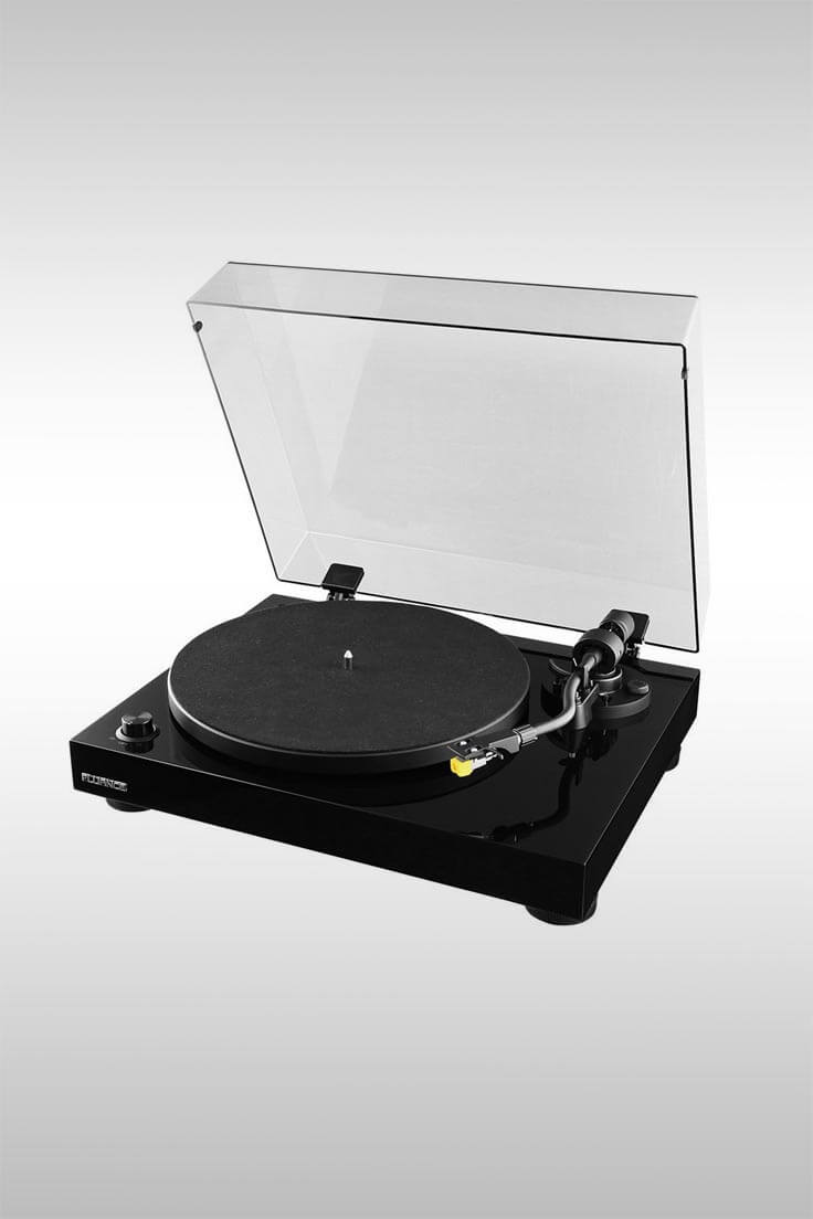 RT80 Turntable With Audio Technica Cartridge - Image Credit: Fluance