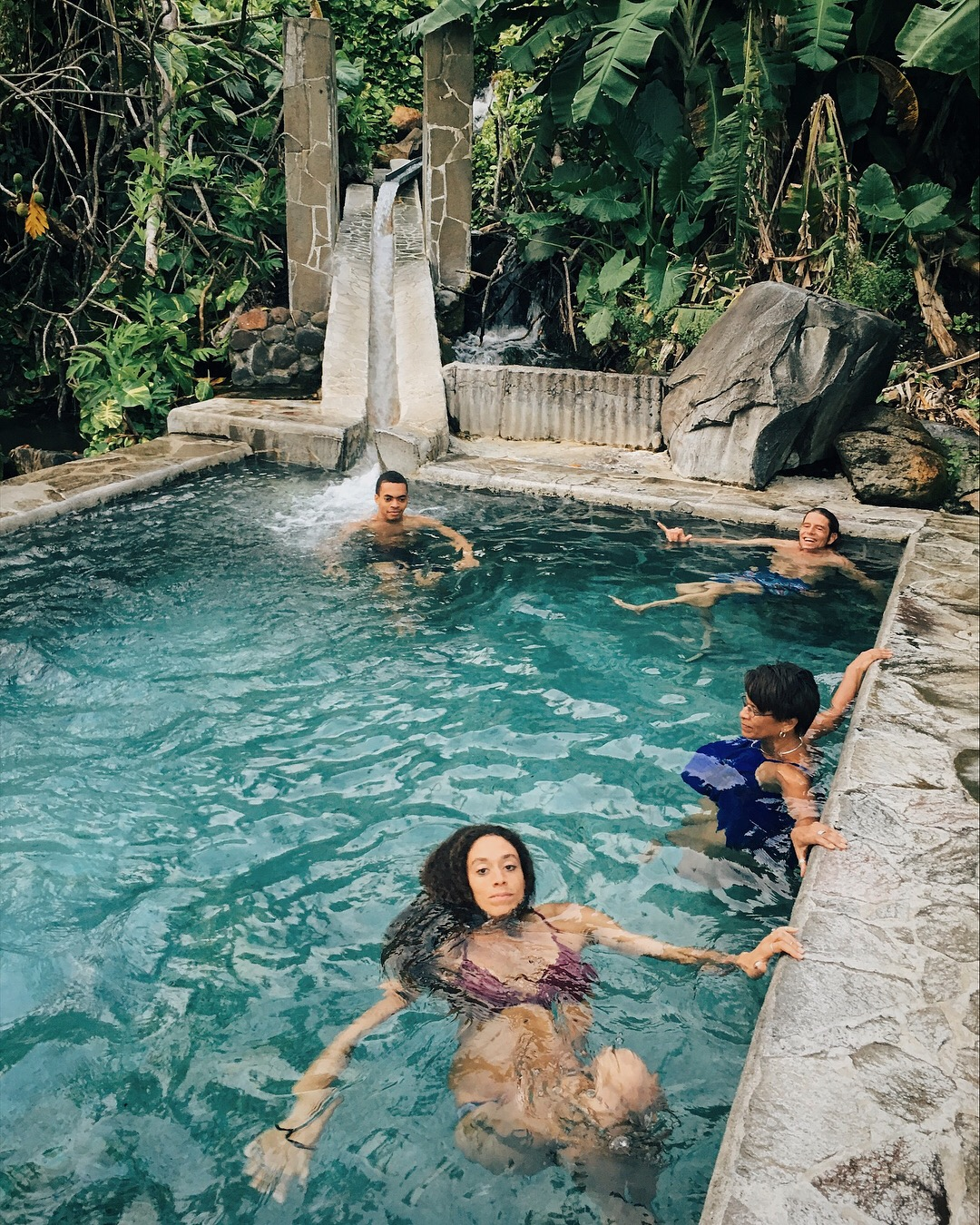 natural-hotspring-guadeloupe-people.JPG