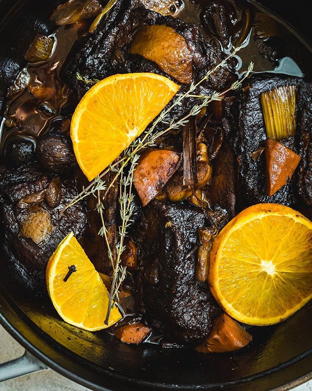 This cool brisk Monday calls for some stick to your bones type of food. Braised short ribs with balsamic, orange, spices and dried figs from @valleyfig . Counting down till Thanksgiving, even though I do not have much planned, I am making what I make every year during this time, gumbo! . Who has already started their cooking and prep work!? Anyone trying anything different this year? . . . . . #braises #shortribs #meat #chefsandfoods #tastecooking #rslove #shareyourtable #foodstyling #lifeandthyme #imsomartha #eeeeeats #cookcl #fwx #food52 #mydomaineeats #food4thought #cuisinesworld #thekitchn #mycommontable #lovefood #homeade #howto #makeitdelicious #foodstyling #tastingtable #yahoofood #saltfatacidheat #VFigFeed
