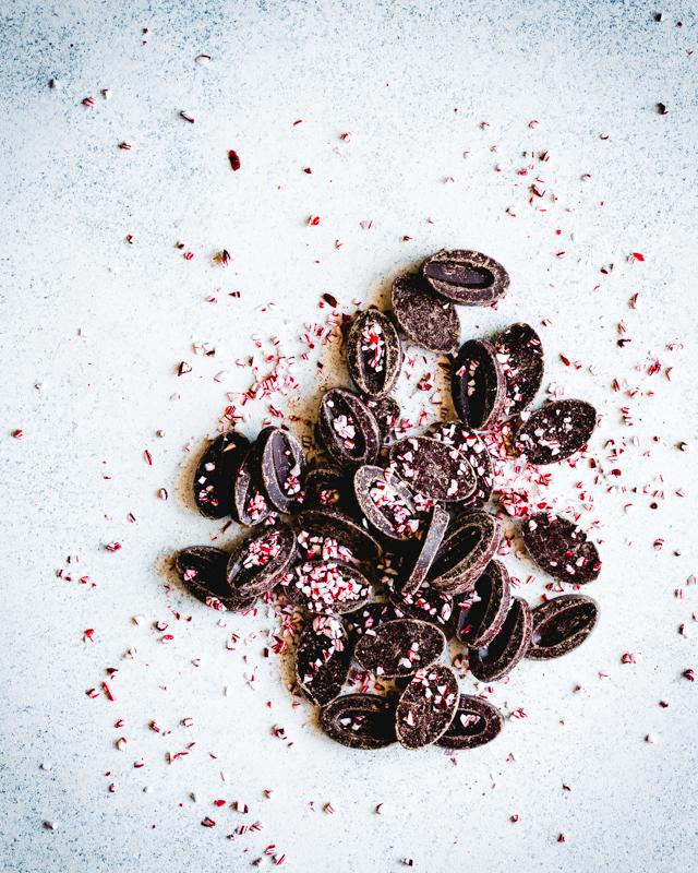 chocolate chip peppermint cookies_beyondthebayoublog-5.jpg