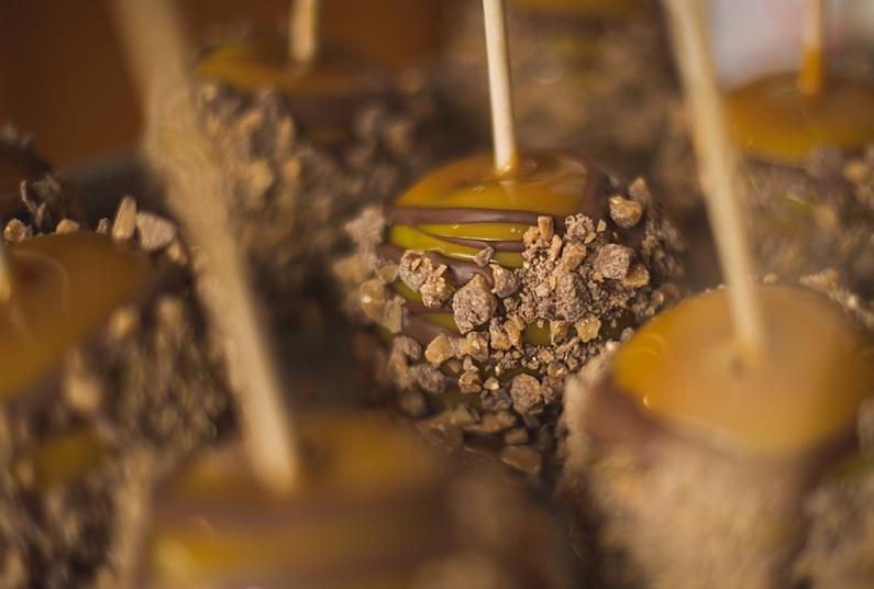 EMPIRE-CARAMEL-Chocolate-Heath.png