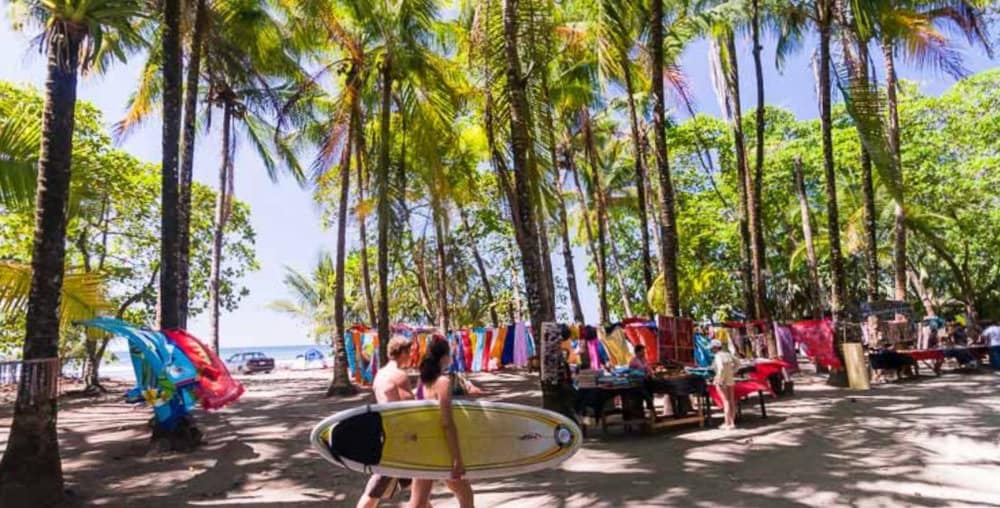 Surf and yoga retreats in Dominical