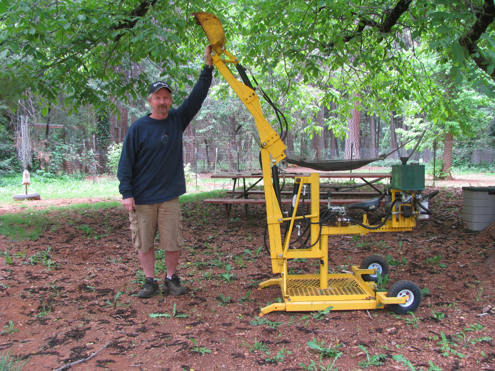 Original Backhoe arm extended with Lonnie1.JPG