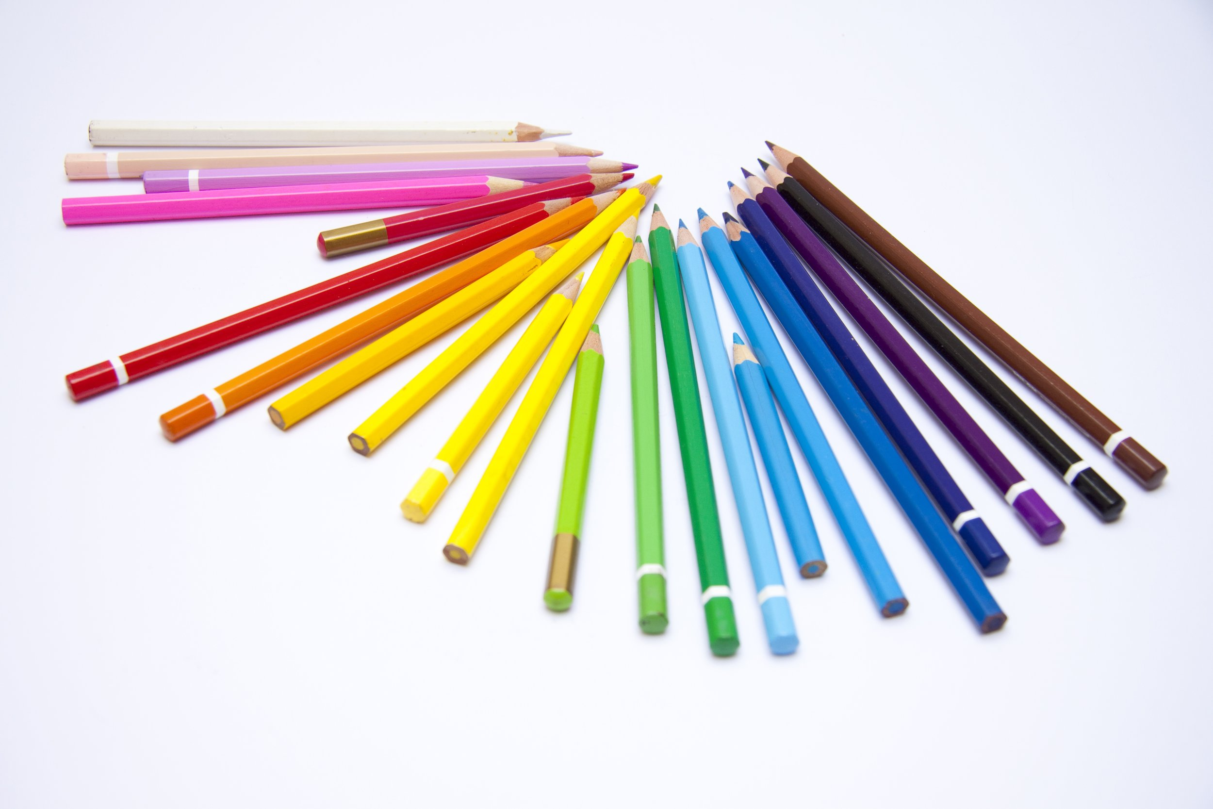 crayons-1018580.jpg