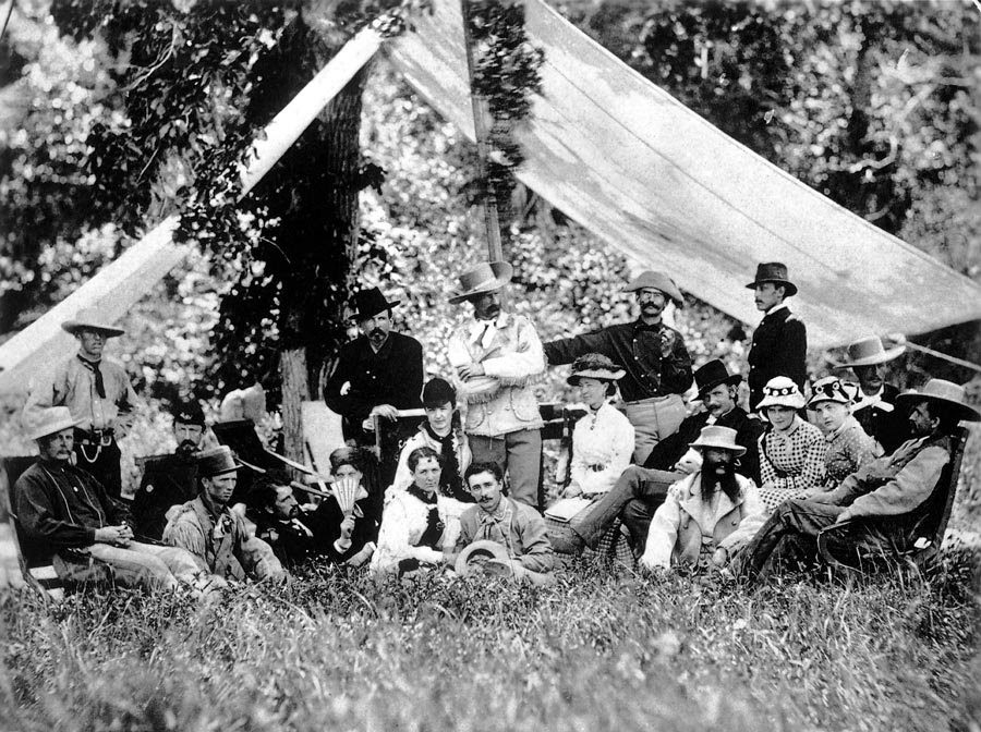 Custer-_amp_-hunting-party_1875.jpg