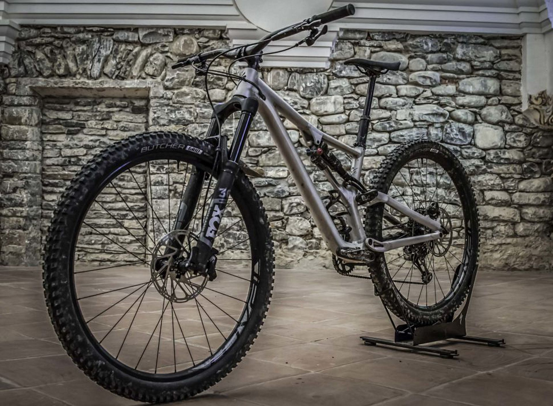 Several frame geometries were taken into consideration when developing the all-new Stumpjumper Evo models. Although it has the bones of a trail bike, the Evo comes to life when trails are steep and high-speed. The Stumpjumper Evo Comp 29 shown here sells for $3,600.