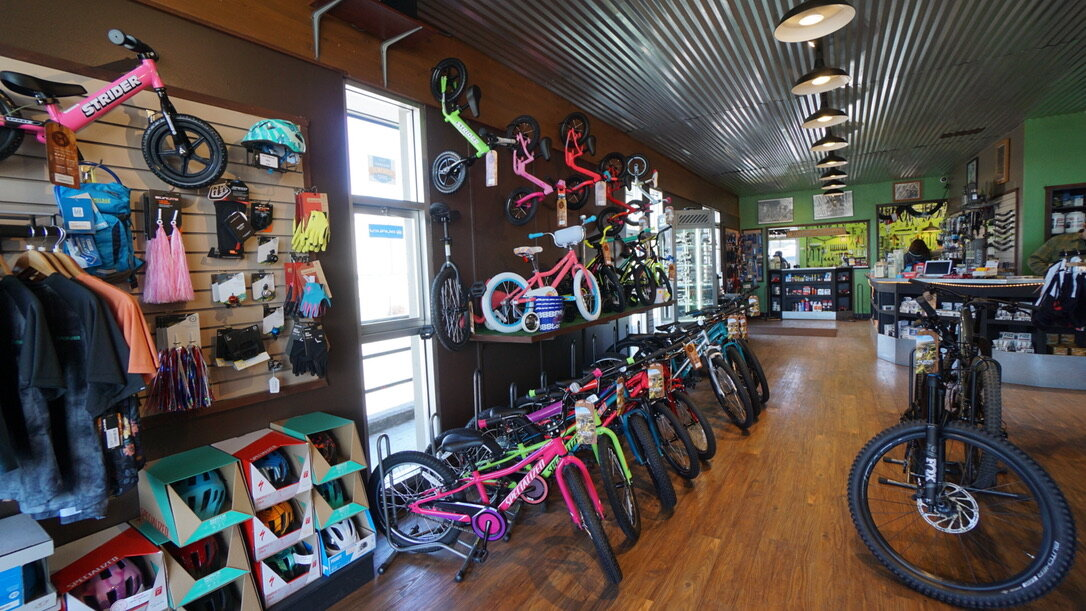 Hutchs_Bicycles_Bend_Eastside_Store_12.jpg