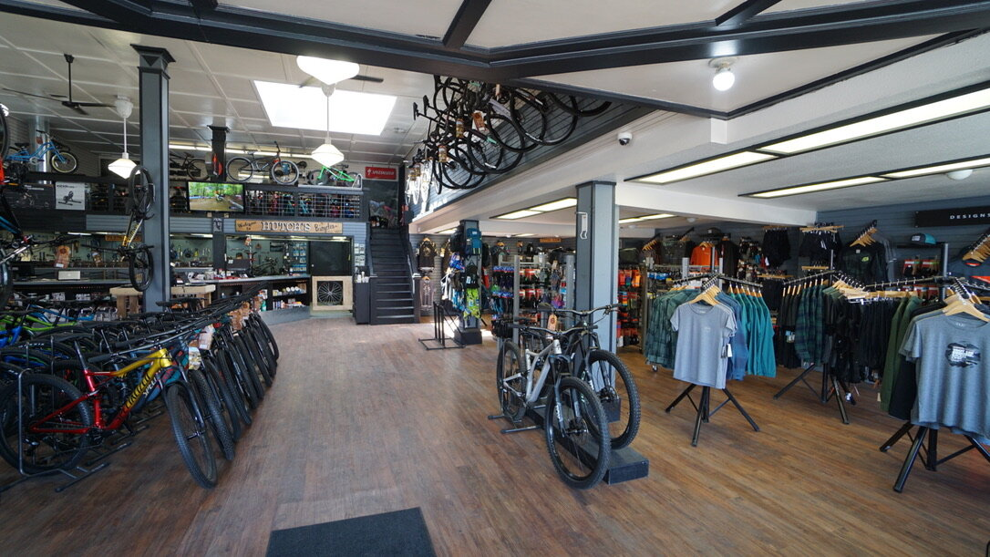 Hutchs_Bicycles_Bend_Westside_Store_11.jpg
