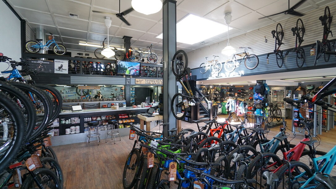 Hutchs_Bicycles_Bend_Westside_Store_17.jpg