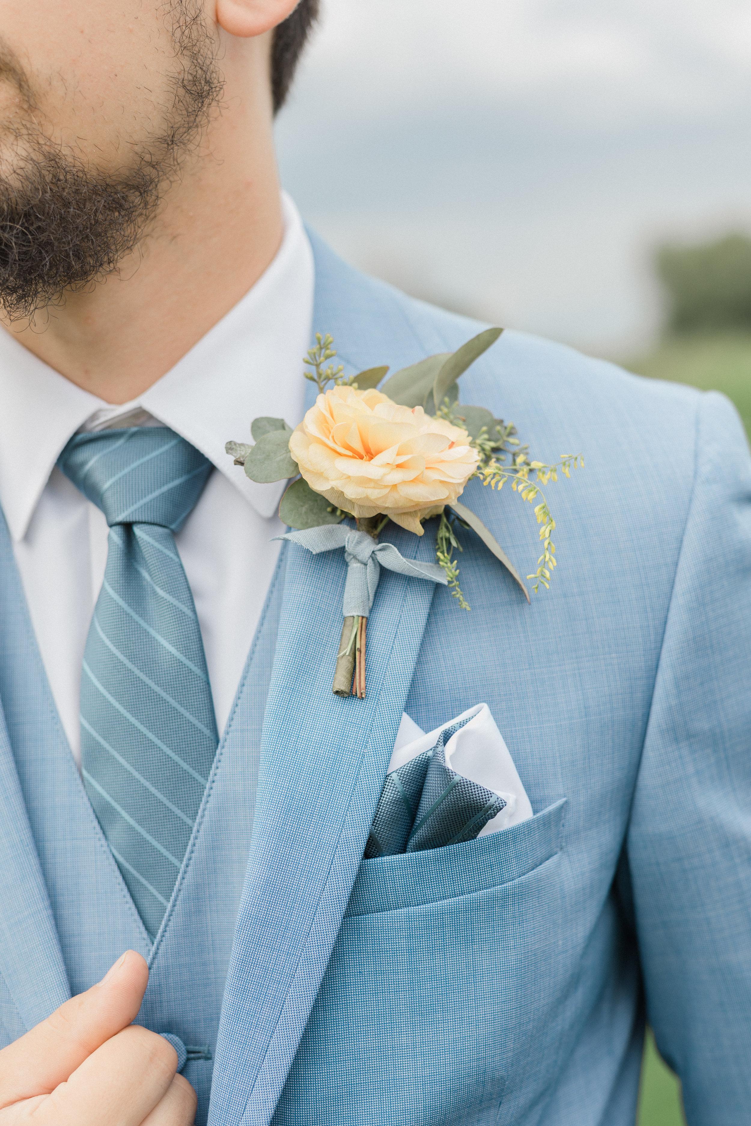 dustyblueoutdoorwedding
