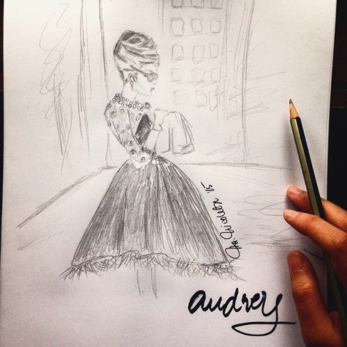 An inspiration from Audrey Hepburn, one of my favorite style icon.