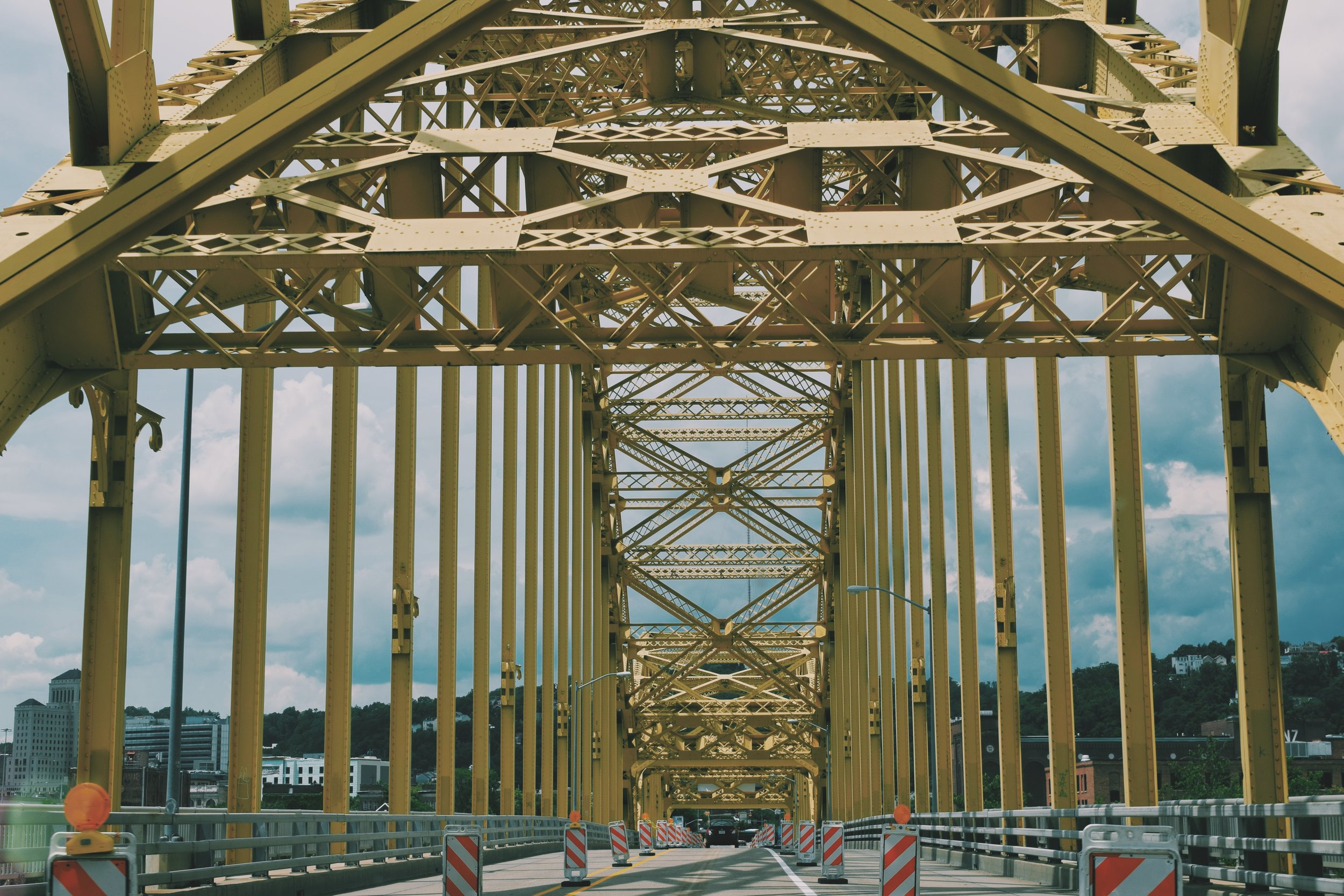 - On this particular Friday, we decided to pack our bags and head out east to Pennsylvania. The plan? See as much of Pittsburgh as our feet and eyes could handle over 2.5 days.