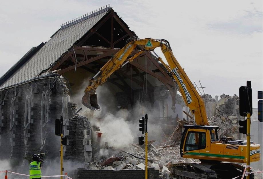 1024px-Sydenham_Heritage_Church_demolition.jpg