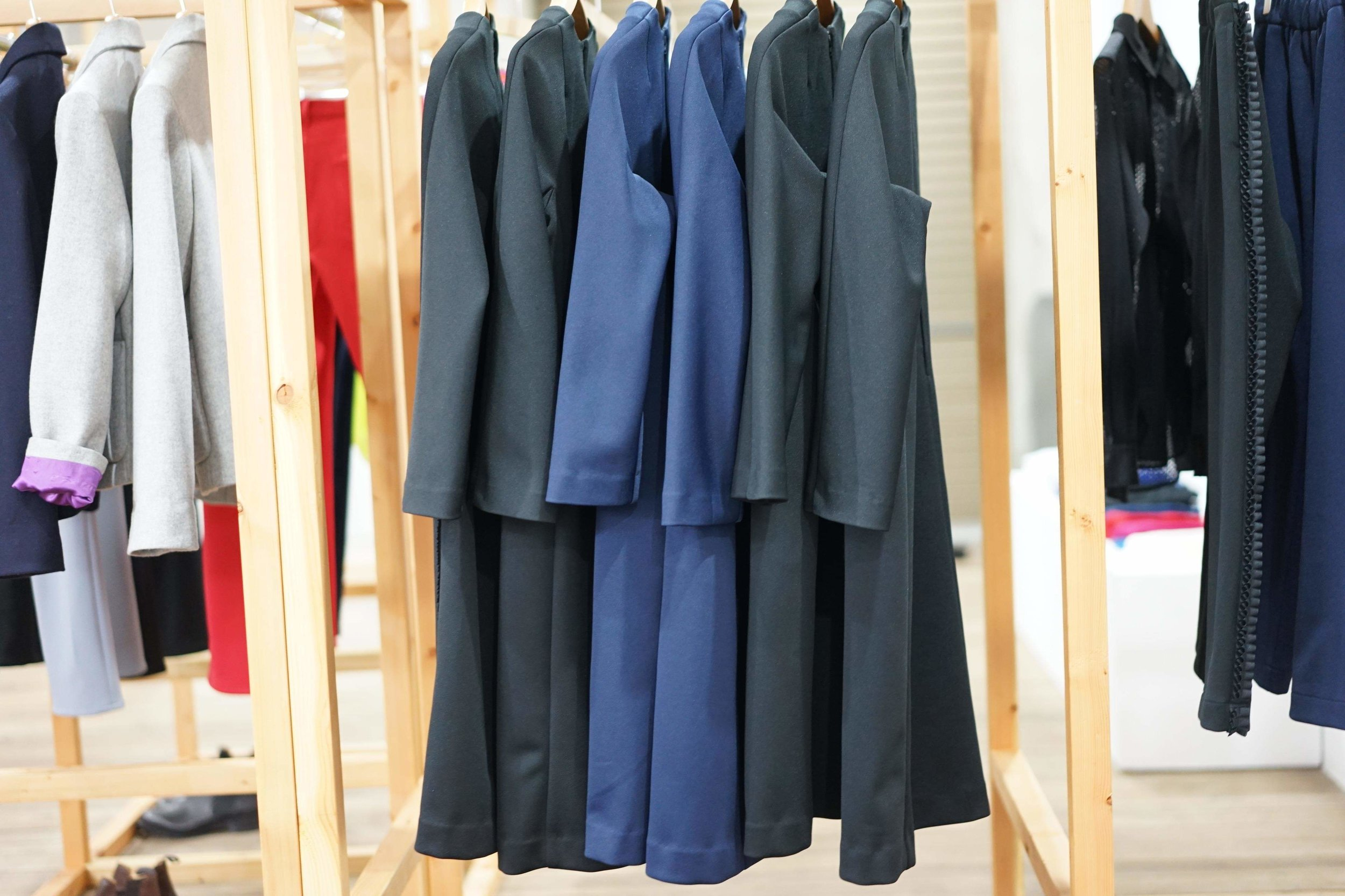 COLOR:BLACK(SOLD),NAVY  SIZE:S,M  ¥37,000+TAX