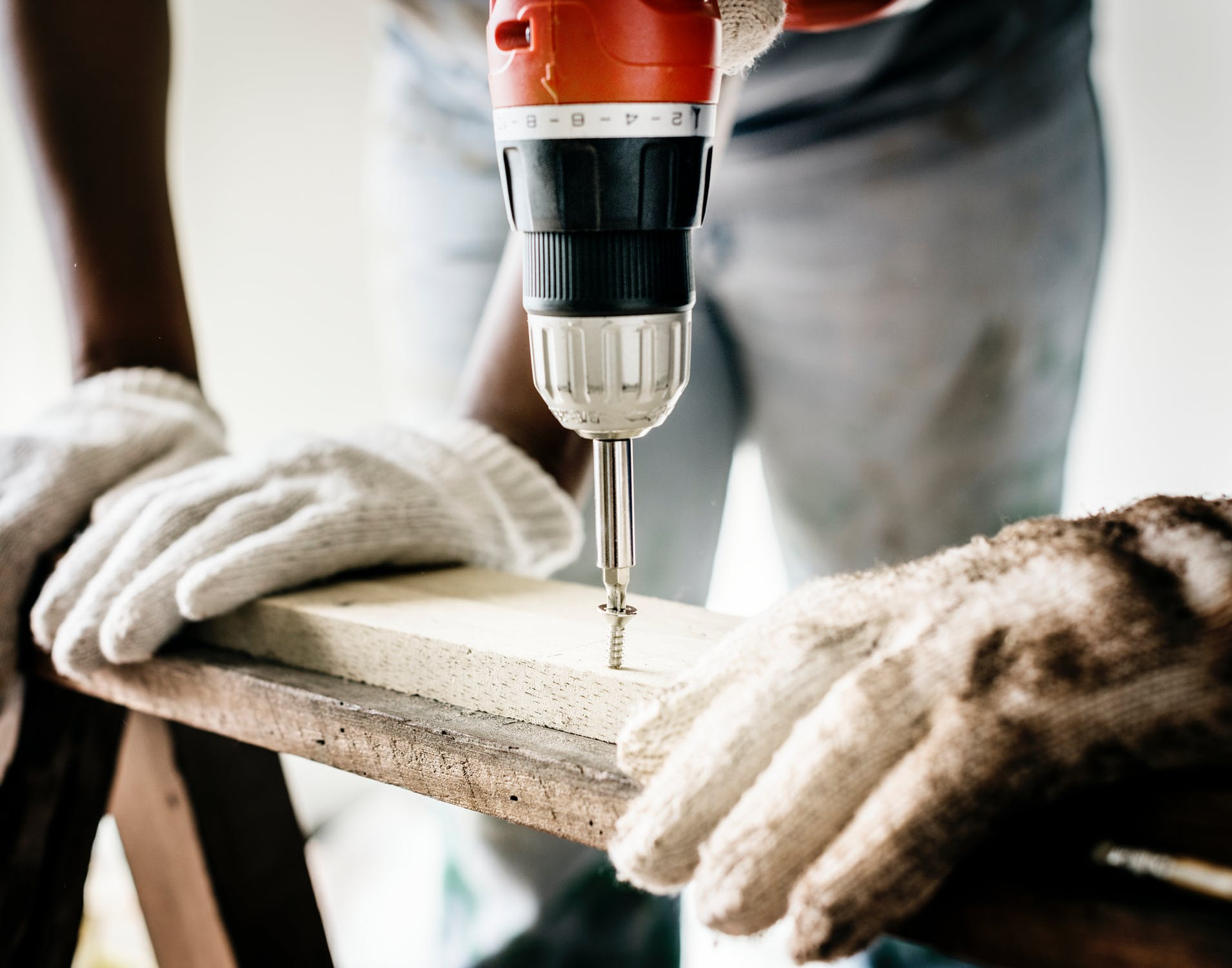 Handyman - We also offer a Handyman service for those smaller jobs, at a reduced rate. Saving you time and effort looking for multiple trades.
