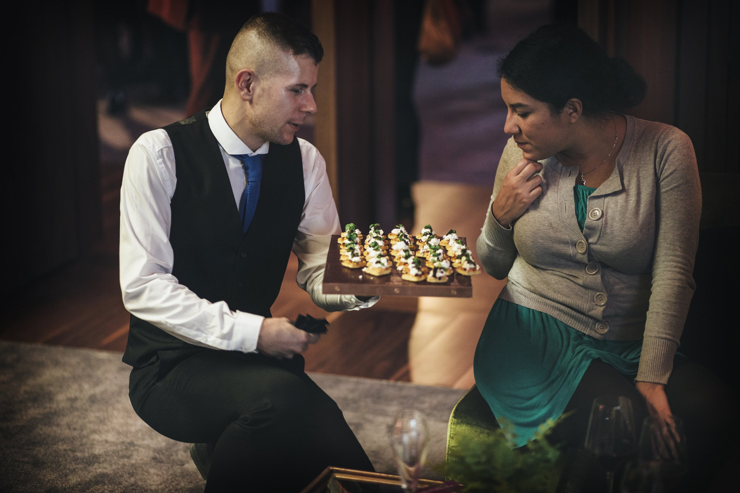 Guests discovering our canapes