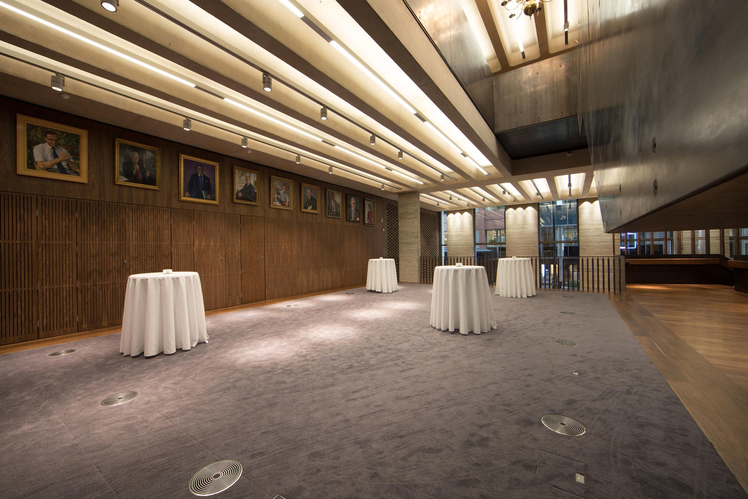 Foyer_6.jpg