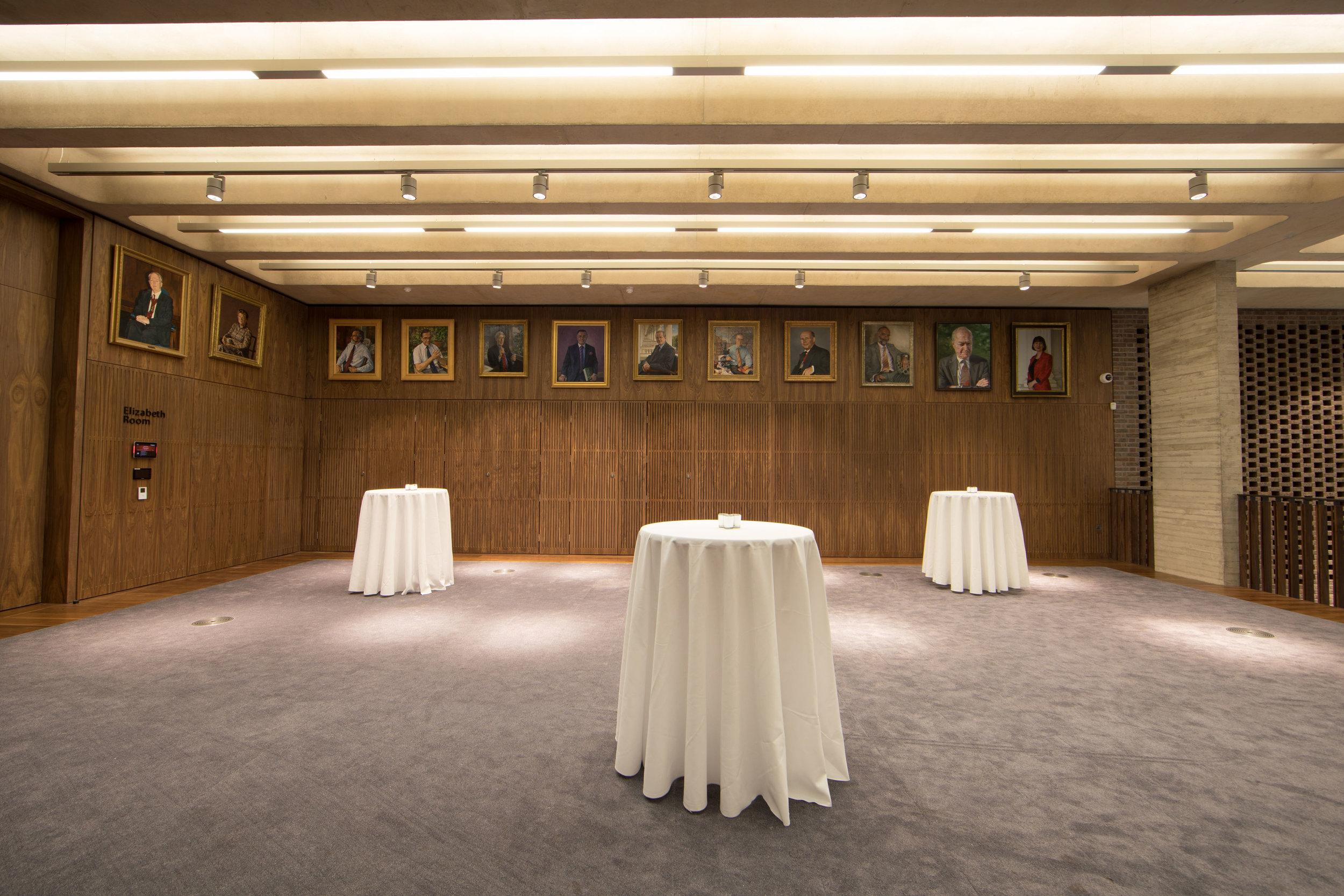 Foyer_7.jpg