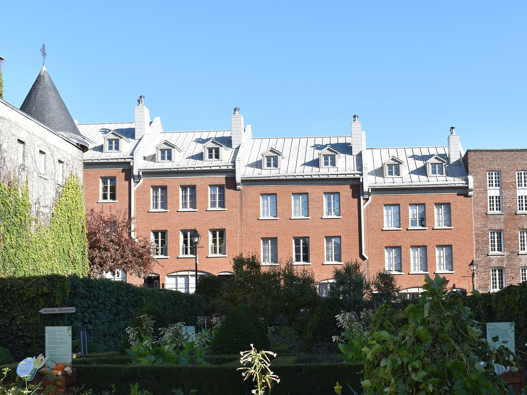 Jardins_chateauramzay_0288 copy.jpg