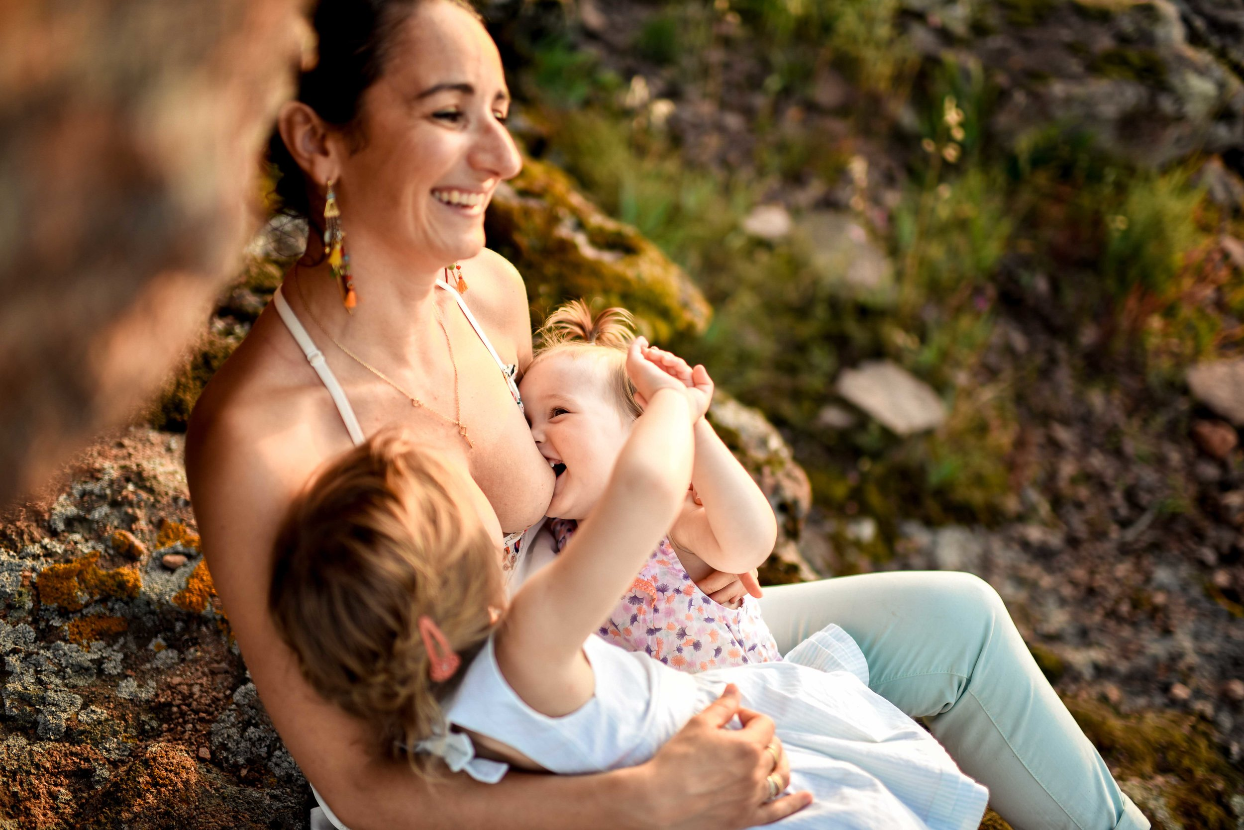 seance-photo-famille-naturelle-et-spontanee-7.jpg