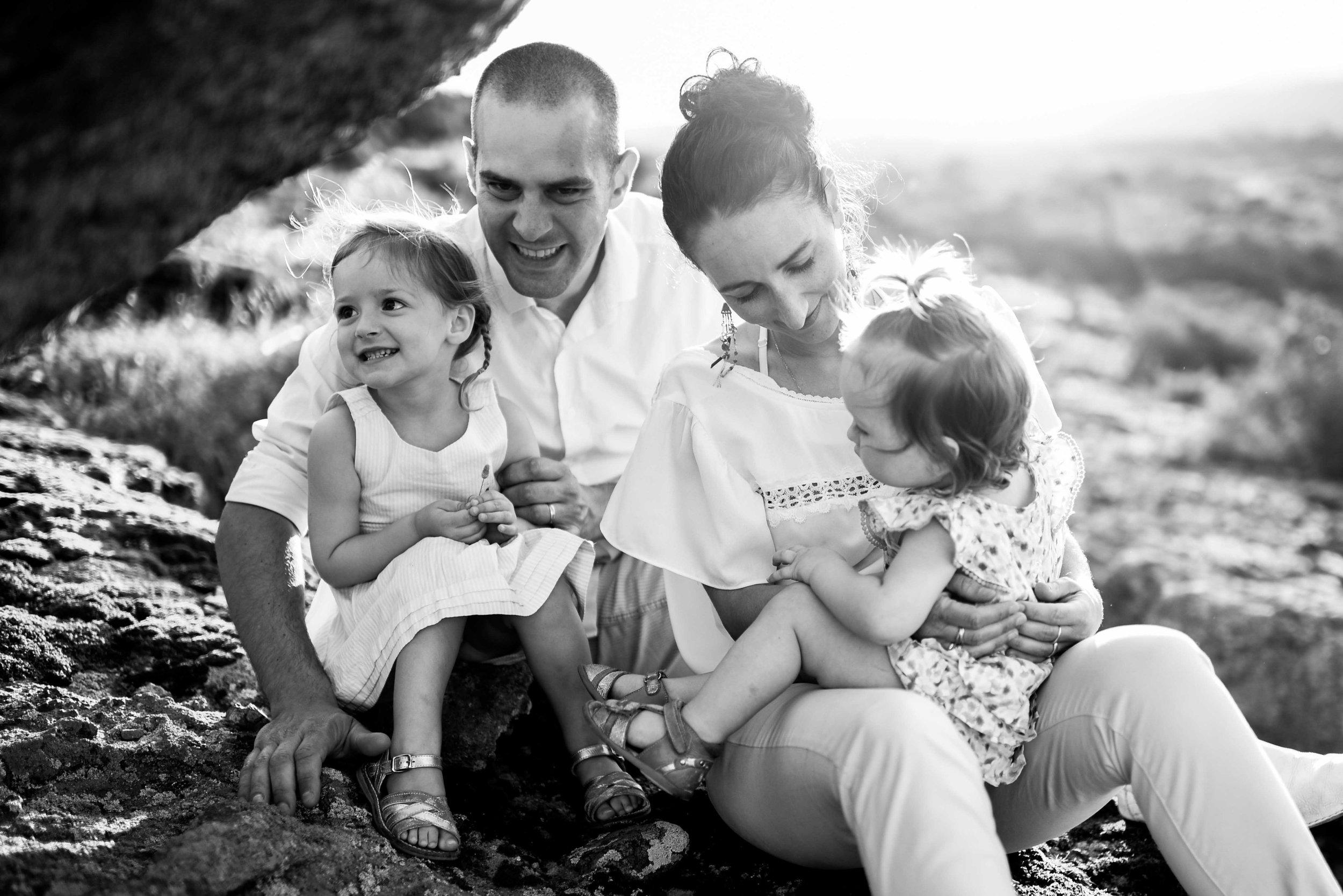 seance-photo-famille-naturelle-et-spontanee-6.jpg
