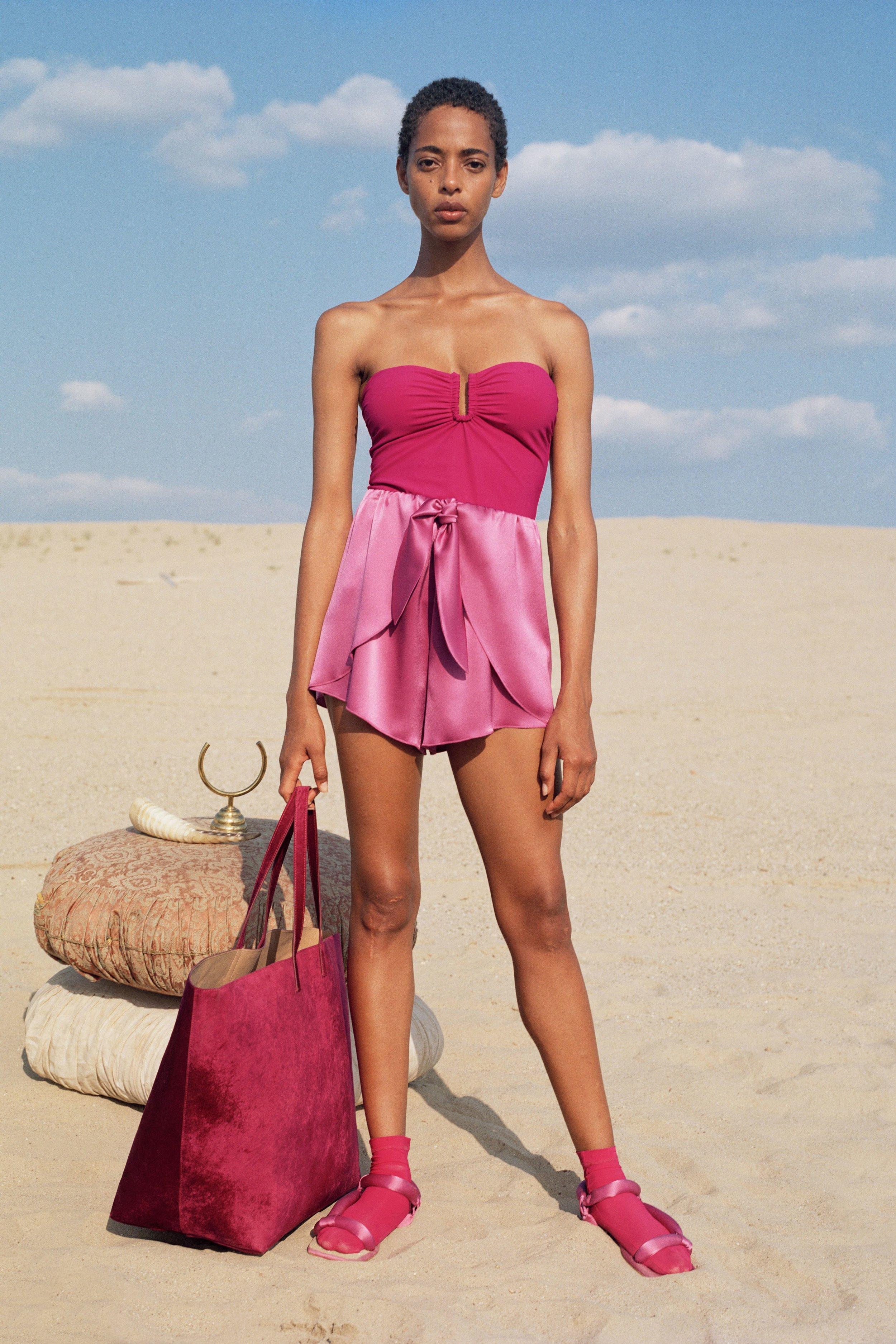 Bianca top, rosebud    €195  Naila shorts, rosebud    €299  Yola sandals, rosebud    €320