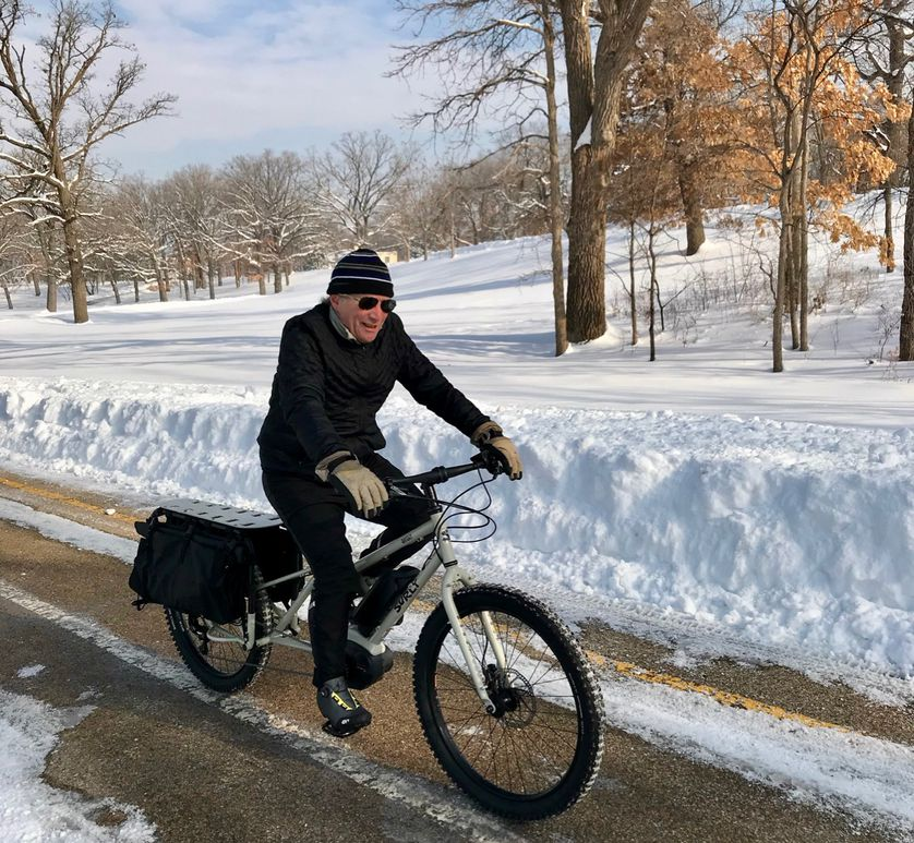 The author having a fine time on a Big Easy cargo bike. (Photo: Paul for Lloyd Alter)