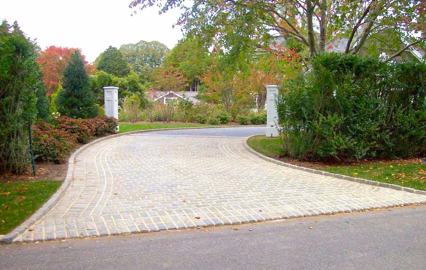 MOE Masonry Driveway Apron 2.JPG