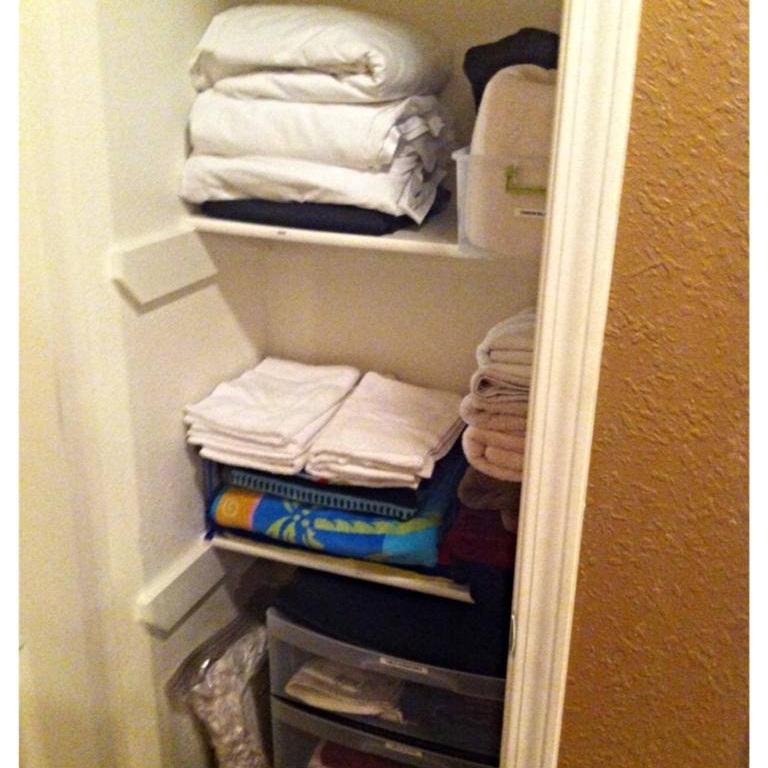 Linen closet after.jpg
