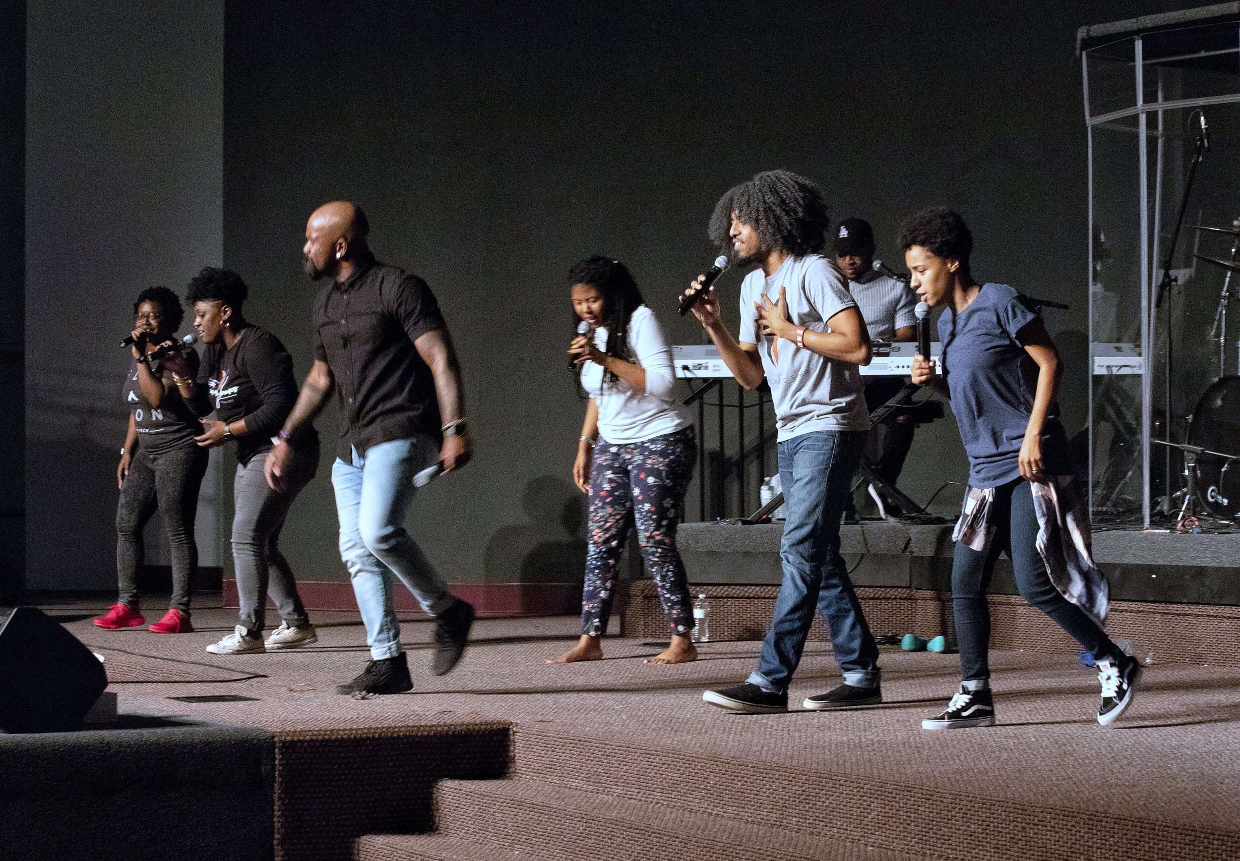Zóé | Praise & Worship - Our Praise & Worship at TLC is a family of singers and musicians dedicated to serving our community with excellence and passion. We encourage the innovative presentation of