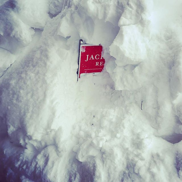 Still snowing here!!! I better get a shovel to dig out my Real Estate sign! Aspens Listing ~ Close to the Slopes and great for short term rentals! . . . #JacksonHoleRealEstate #JacksonHole #buyinjacksonhole #sellinjacksonhole #betsybingle #betsybinglerealestate #topproducer #realestateagent #sold #mountainmodern #mountainhome #wyoming #wyomingtaxbenifits #christiesinternationalrealestate #luxuryrealestate #3creek #shootingstarjh #tetonpines #eastjackson #cire  #beforeandafter #beforeandafterhome #homeremodel #homesforsale #luxuryrealestate #luxuryhomesforsaleinJH #soldbybingle