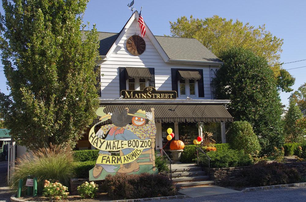 Kensington Estates Woodbury - Huntington - Main Street Florist.jpg