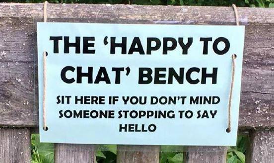 chat bench.jpg
